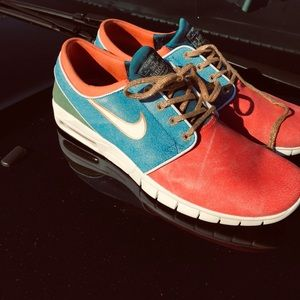 Nike Concepts Janoski Max Red/Blue Gold